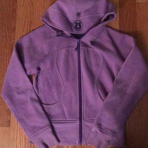 Awesome Lululemon purple jacket 🧥 size 6